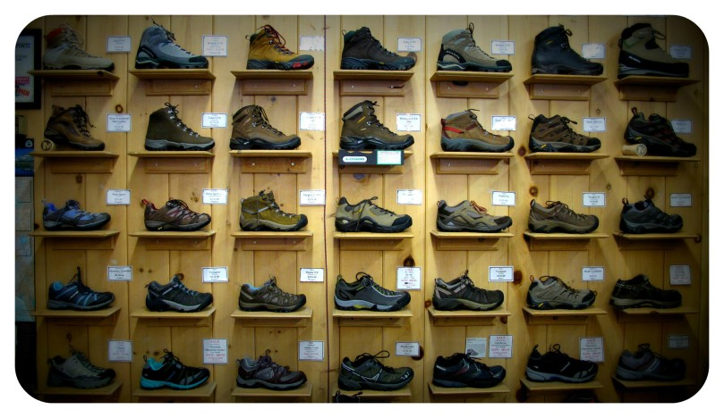 hiking, trekking, shoe , footwear, salomon, merrell, rei, keen, teva