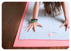 recommended yoga mat, recommended yoga towel, best yoga mat, best yoga towel,